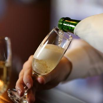ТОП-5 лучших шампанских вин